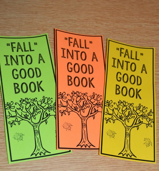 FREE bookmarks with a fall theme to give students