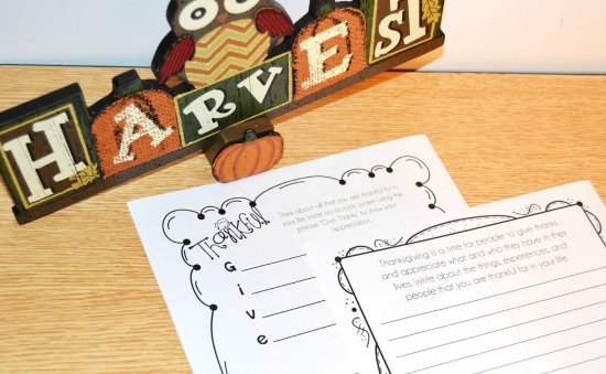 FREE Thanksgiving Writing Prompts!