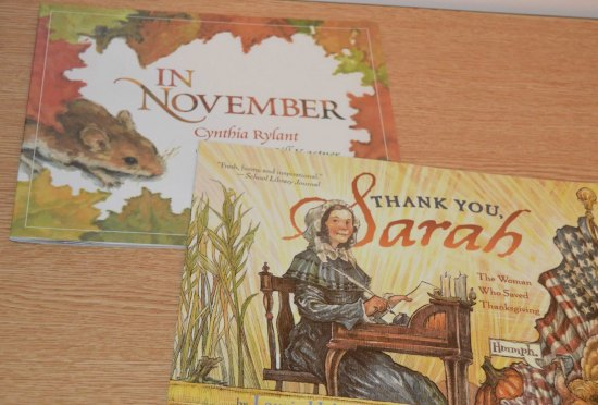 Thanksgiving read alouds for 3rd-5th grade. Check out this post for Thanksgiving activities for math, literacy, and more! A few free Thanksgiving activities included!