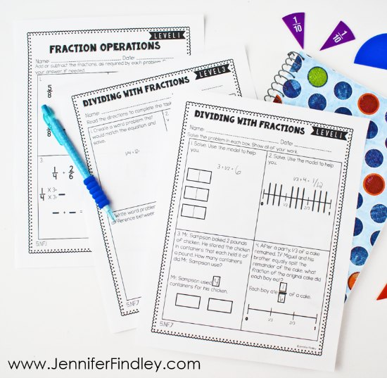 Easily differentiate your math centers with these differentiated math skill sheets for 4th and 5th grade. Grab FREE differentiated math worksheets to try out and read more tips for supporting your students with 4th and 5th grade math centers on this post!