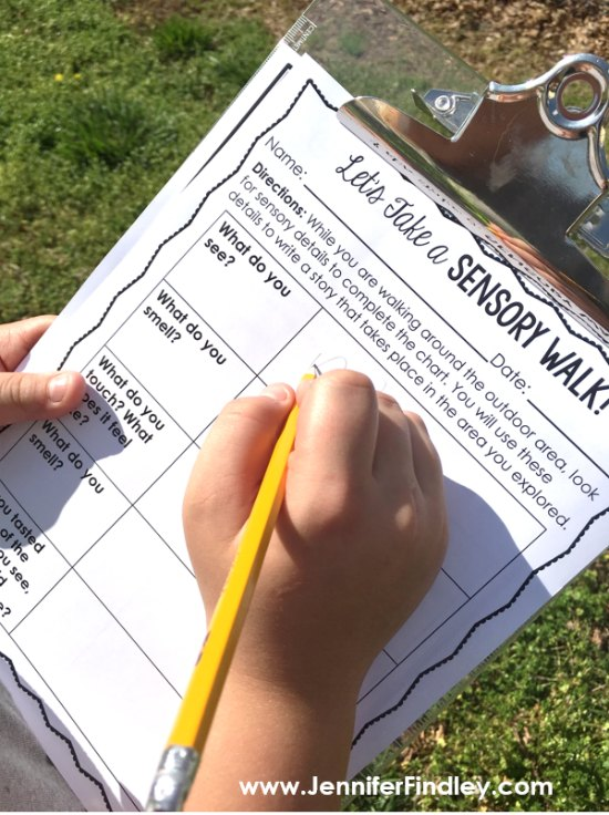 Take your students outside for a sensory walk to use in their writing.  Click through to read more outdoor learning activities for grades 3-5!